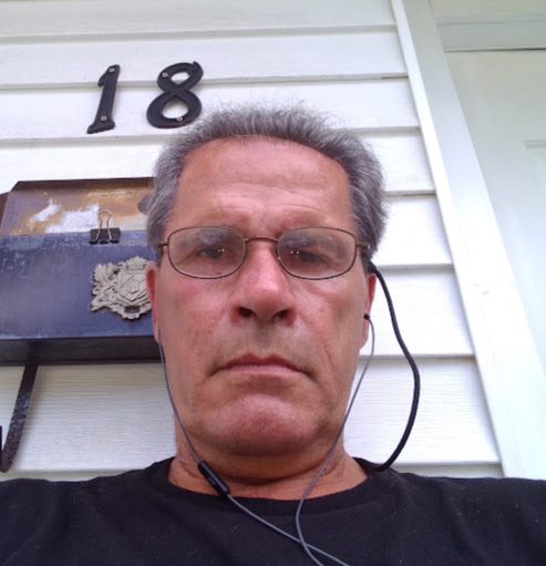 user Jim Kamees apkdeer profile image