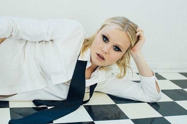 Alison Pill Profile Pics Dp Images