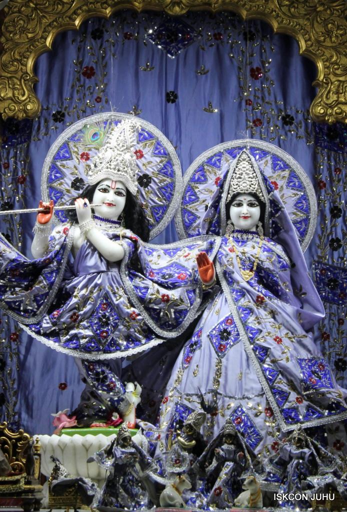 ISKCON Juhu Mangal Deity Darshan on 29th Sep 2016 (15)