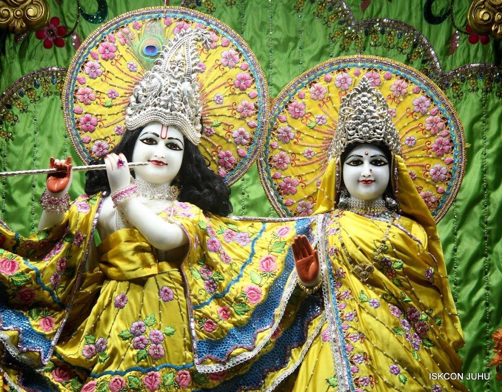 ISKCON Juhu Mangal Deity Darshan on 2nd July 2016 (21)