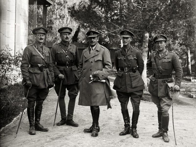 [Surrender+of+Jerusalem%2C+1917%2C+British+generals%2C+mat05788%5B5%5D]