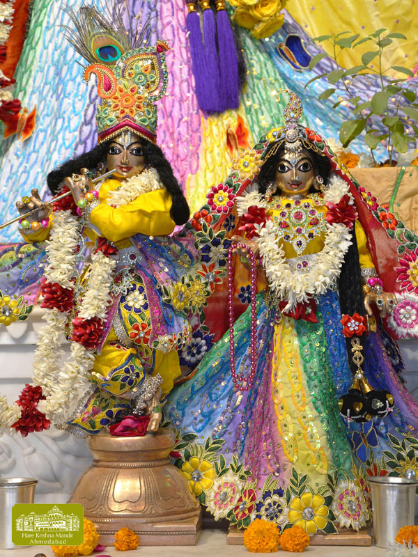 ISKCON Hare krishna mandir Ahmedabad 12 Dec 2016 (9)