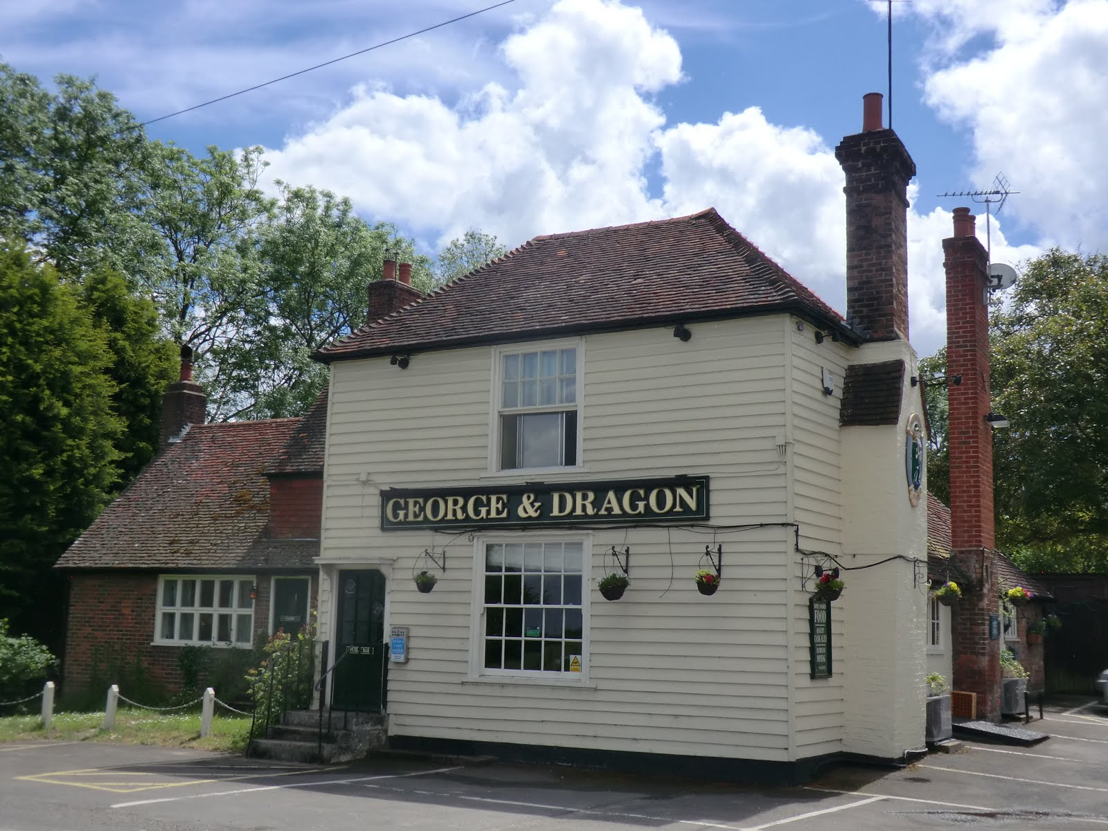 CIMG1593 George & Dragon, Five Oak Green Road