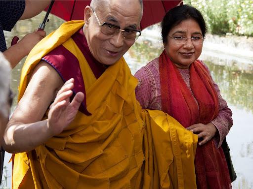 His Holiness the Dalai Lama with Renuka Singh, director of Tushita Mahayana Meditation Centre, New Delhi, India, March 9, 2013. Photo by Ven. Kabir Saxena.