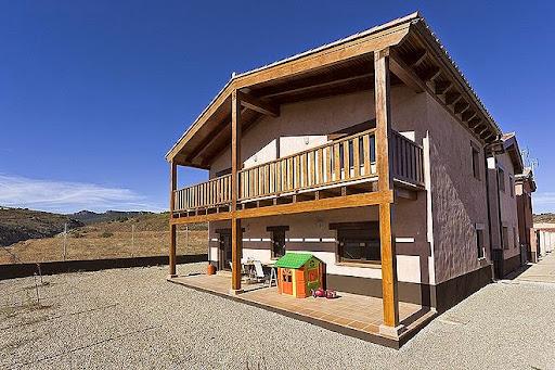 Casa en venta con 140 m2, 3 dormitorios  en Albarracín