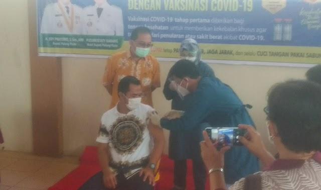 Sudah Divaksinasi, H Amad: Vaksin Aman dan Tidak Ada Gejala