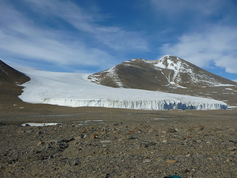 glacier mcmurdo dry valleys antarctica