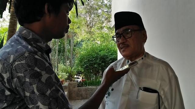 """Soal """"Desakan"""" Salat Tarawih di Masjid, Ketua Komisi IV DPRD Padang Minta Masyarakat Tetap Ibadah di Rumah Aja"""