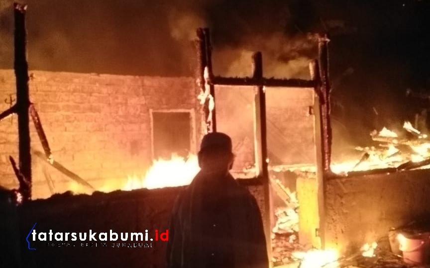 Rumah Ustadz Guru Ngaji di Cikidang Sukabumi Dilalap Api