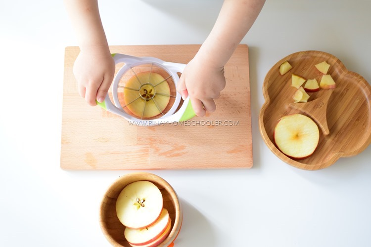 SLICING FRUITS