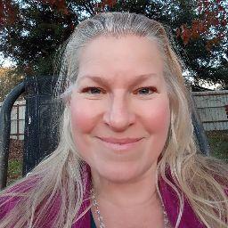 Carolyn Roberts Photo 26