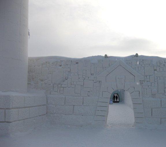Sneeuwkasteel entree