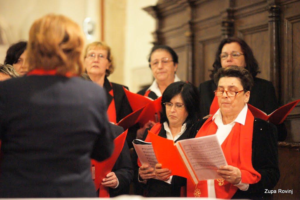 Nastup zborova 2011 - DSC03081.JPG