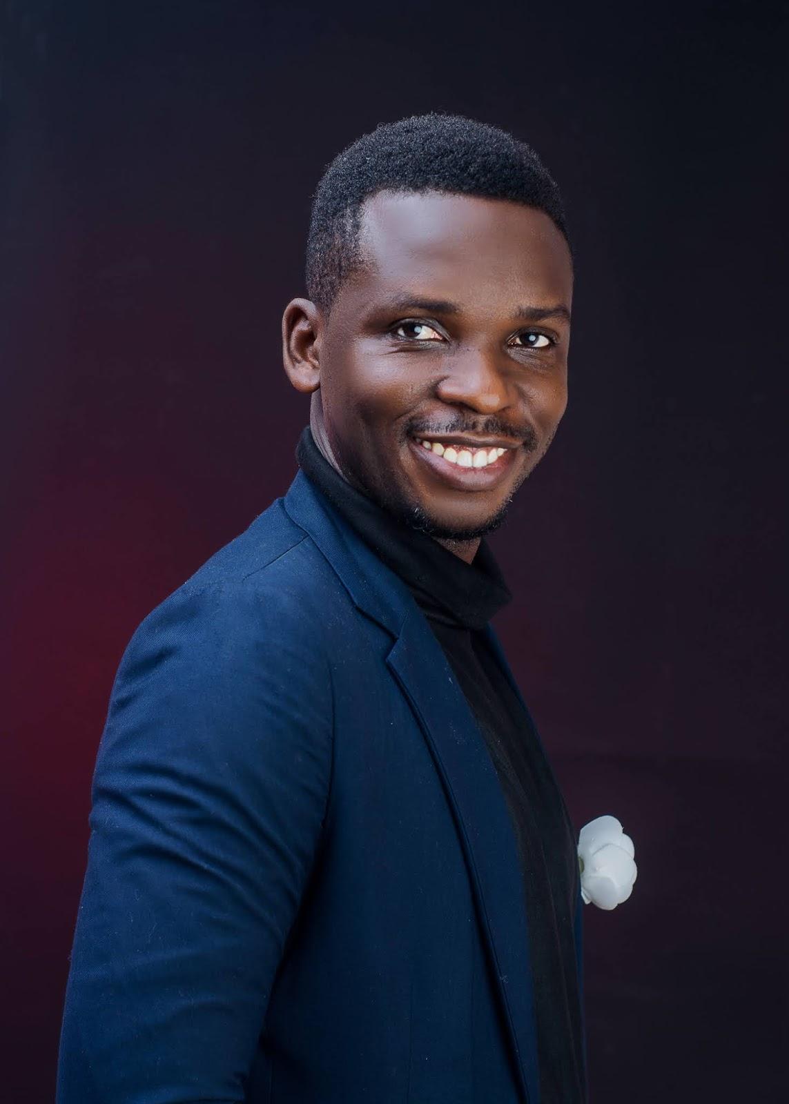 Okextra Music: The Change by Oyeniyi Oke. On Readersketch. Oke, Oyeniyi, Readersketch, Who is Oke Oyeniyi, Okextra Music, Call Oke