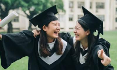 Pilih Kuliah Atau Kerja ?