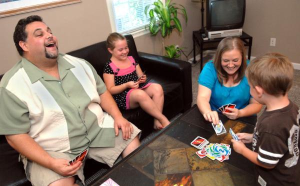 Thoải mái chơi vui cùng Thẻ Bài Uno Card Game Mattel