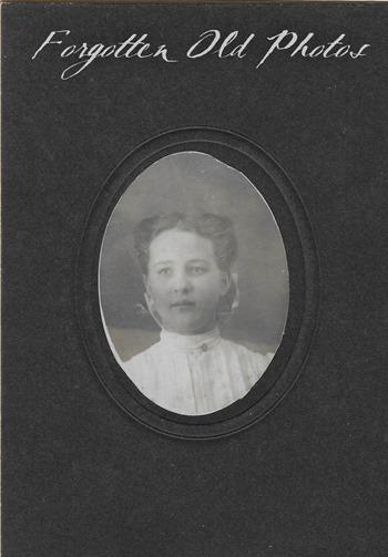 Barbara F Craigs