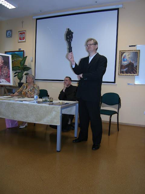 Spotkanie z autorem książek o św. Janie z Dukli i św. Janie Pawle II – Jadwigą Nowak - P6120098.JPG