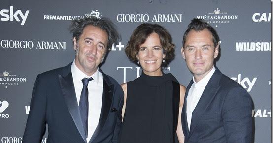 """Giorgio armani veste l'anteprima mondiale di """"the young pope"""" al festival del cinema di venezia"""