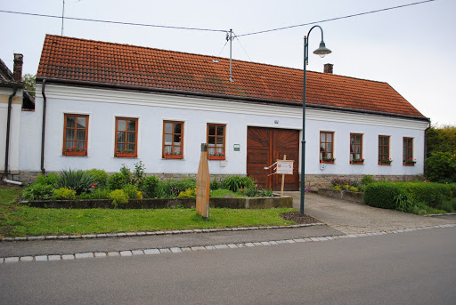 Biohof Holzschuh, Platt 190, 2051 Zellerndorf, Österreich, Weinkellerei, state Niederösterreich