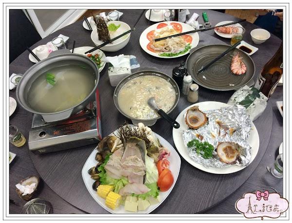 台南安平。海之味海產。招牌海產粥料好多