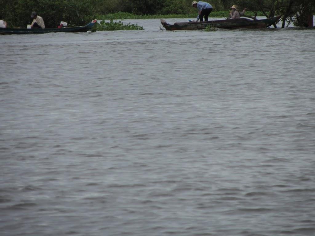 0021Tonle_Sap_Lake_Floating_Village
