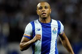 Football: FC Porto rejette l'offre de 40 millions d'euros de FC Everton pour Yacine Brahimi