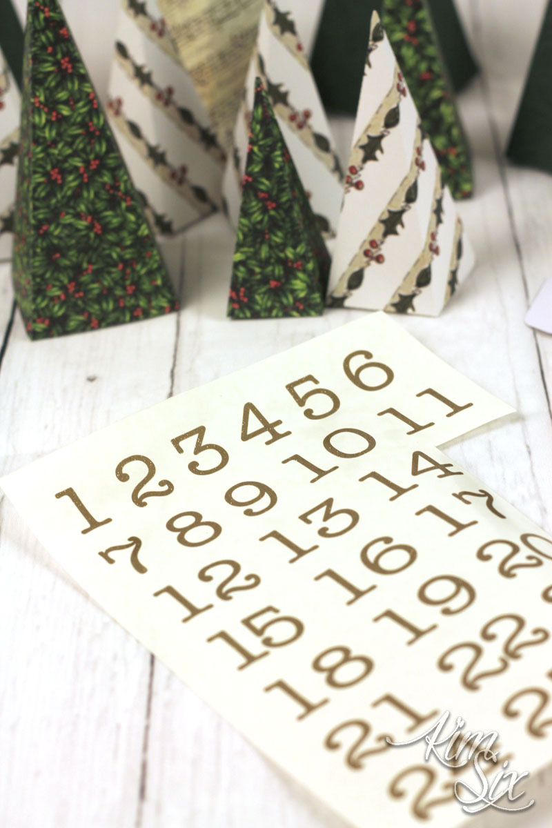 Adding numbers to advent calendar