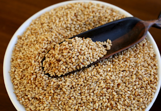 benefits of eating sesame seeds
