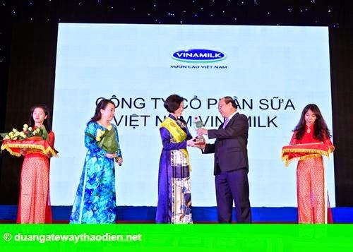 Hình 1: Vinamilk đạt giải thương hiệu vàng thực phẩm VN năm 2014