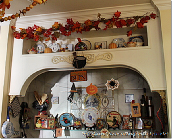 Halloween Decor in Stove Alcove in Kitchen 2