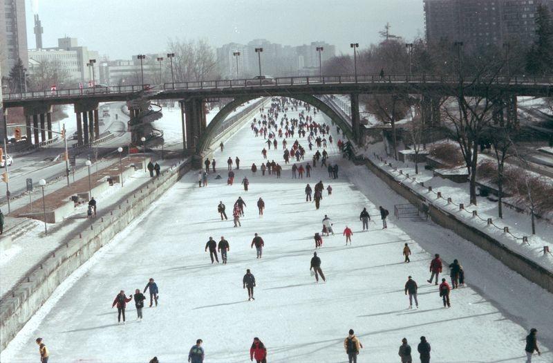 skating-rideau-canal-2