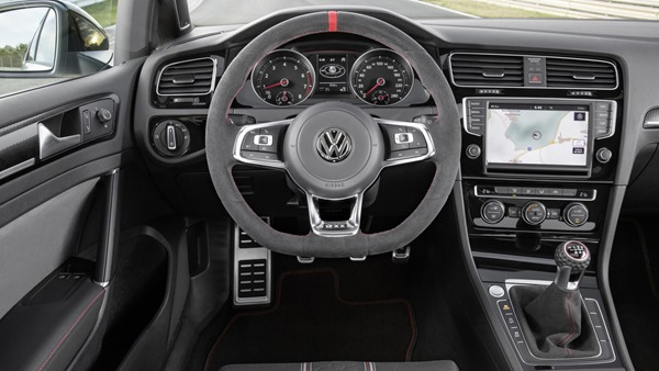vw-golf-gti-clubsport-edition-40 (2)