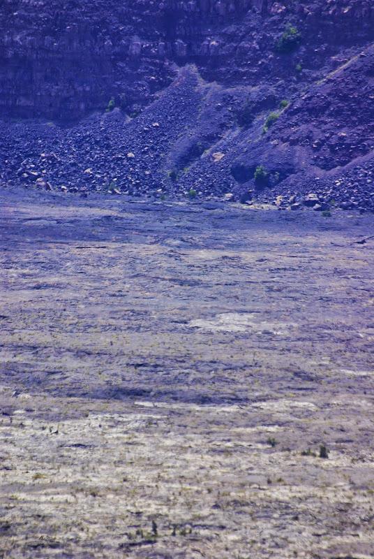 06-20-13 Hawaii Volcanoes National Park - IMGP5223.JPG