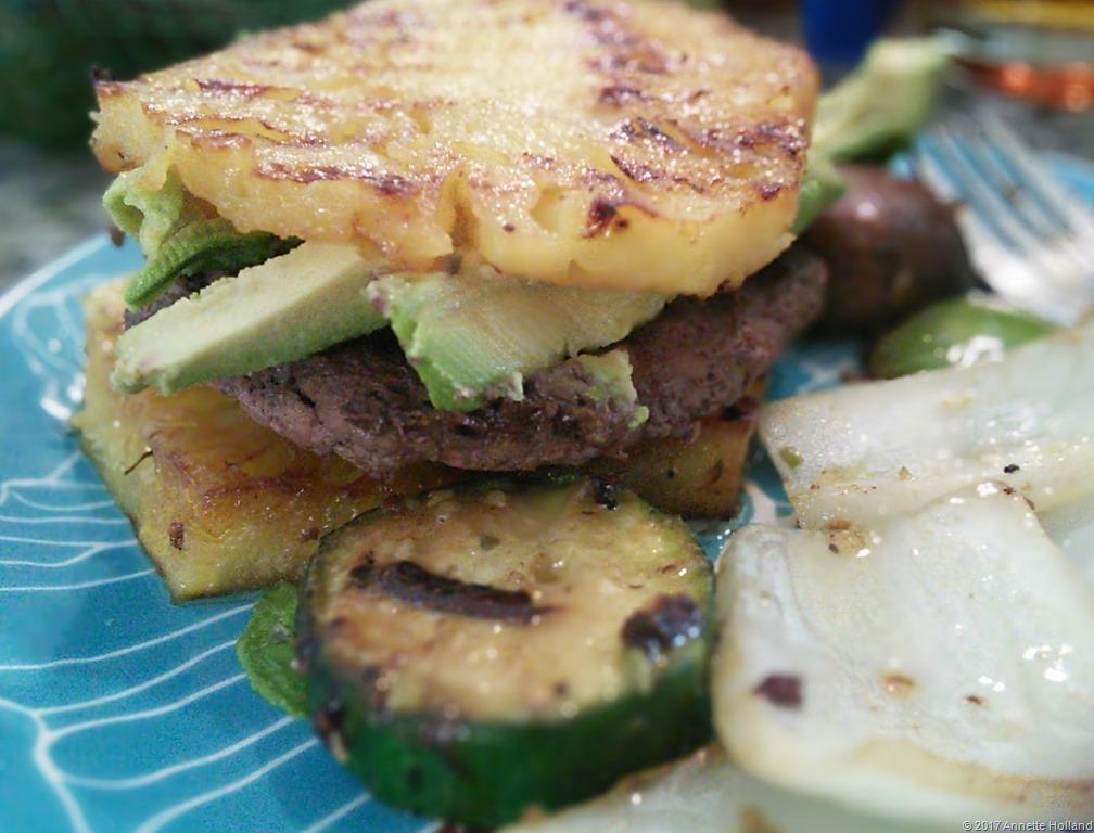 [pineapple+burger%5B12%5D]