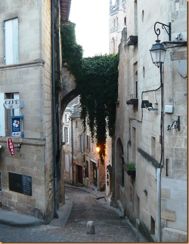 St Emilion the buildings4