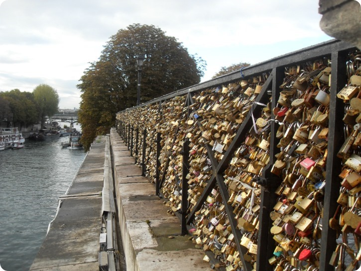 Lovelocks på Pont Neuf - Paris