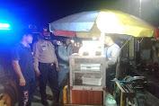 Kasat Sabhara Polres Batu Bara Pimpin Team Pemburu Preman melakukan Patroli Malam
