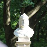 a szobor felszentelése, ( dr. Bábel Balázs )