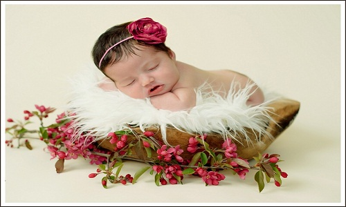 Baby Cute Girl flowers