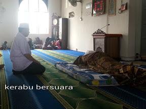 Yb Husam Musa Menziarahi Jenazah Adun Besut