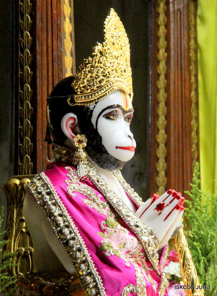ISKCON Juhu Mangal Deity Darshan on 12th Sep 2016   (2)