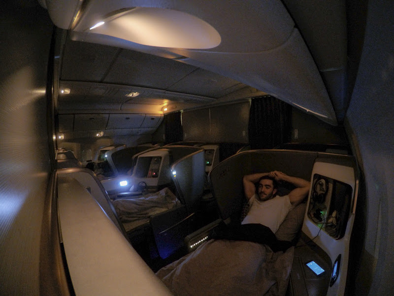 LHR SIN 61 - REVIEW - Singapore Airlines : Business Class - London to Singapore (B77WN)