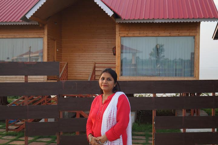 Omkareshwar and Hanmuntiya water resort - DSC06732.JPG