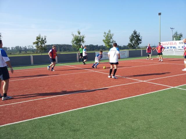 ČSFA - rodinný turnaj 2011 (záver) - 2011-09-24%2B09.54.37.jpg