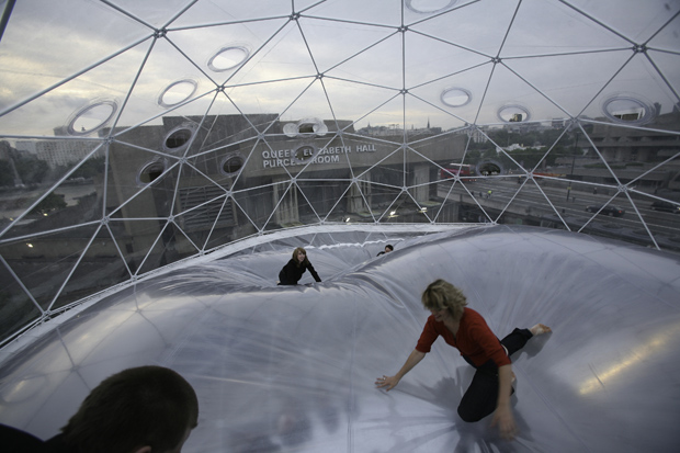 Tomás Saraceno's Cloud Cities Exhibition in Berlin