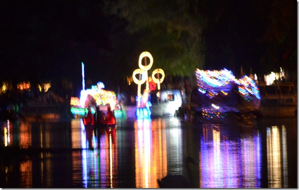 27 illuminated boat parade