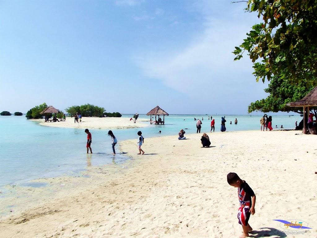 family trip pulau pari 090716 Fuji 043