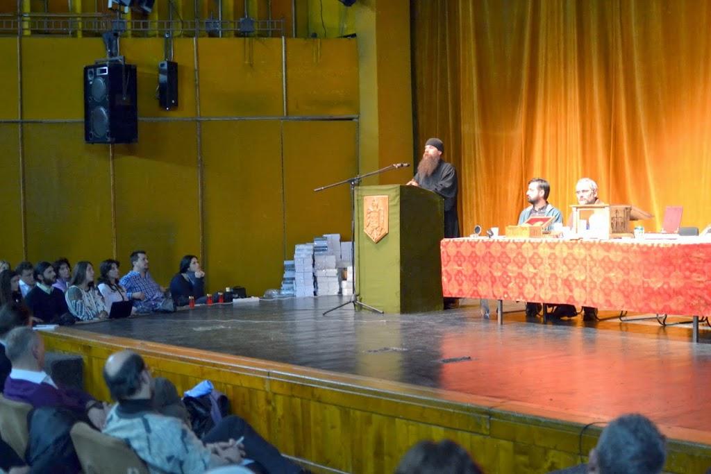 068 Avva Justin Parvu si Sfintii inchisorilor (Teatrul Luceafarul, Iasi, 2014.03.19)