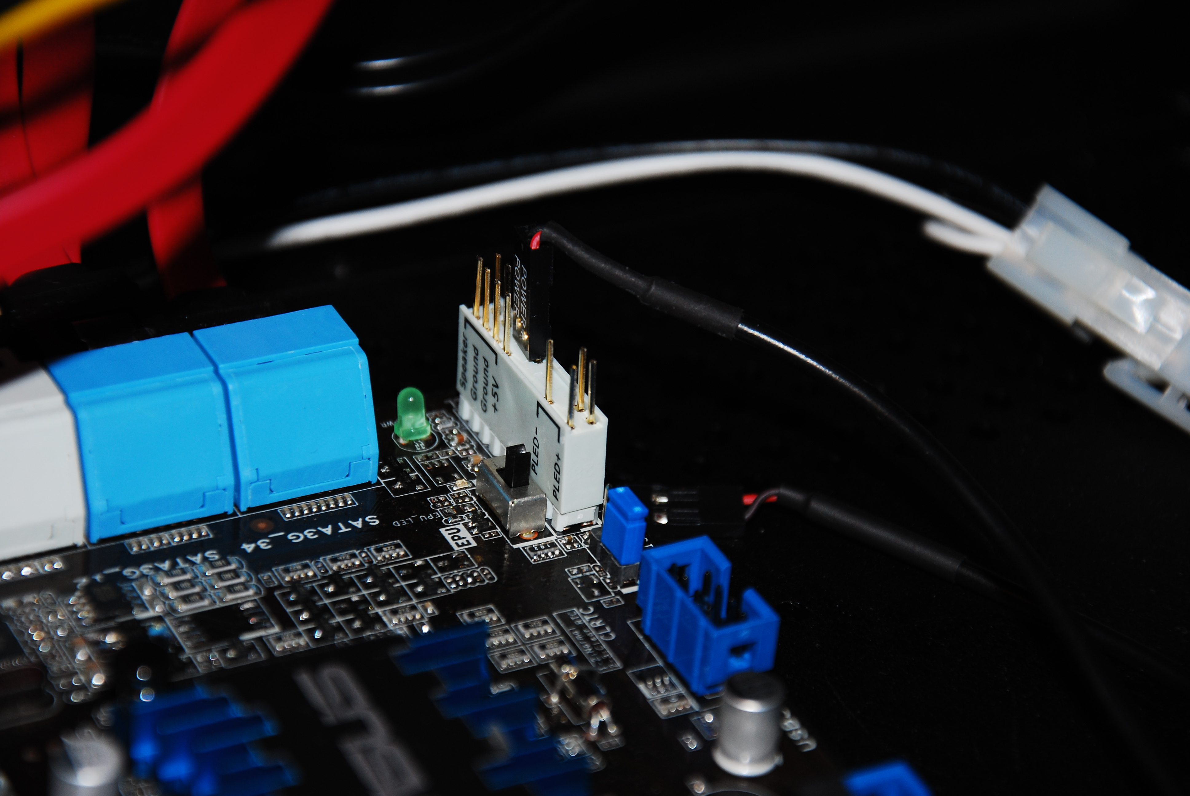 Meet my first HTPC: Fanless, NAS/RAID1, Linux, 30 watts, 24x7, FC10